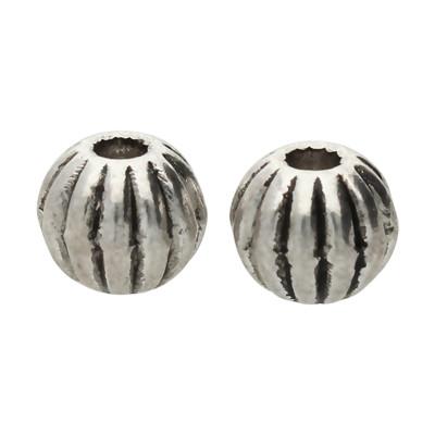 Perle (2 Stück), innen 1mm, Ø 6mm, antik-silberfarben, Metall